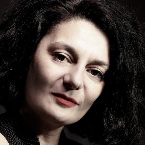 """Sandra Mandić, Srbija<br>""""Značaj fotografije u medijima"""""""